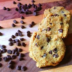 Coconut Flour Chocolate Chip Cookies #paleo #glutenfree #vegan