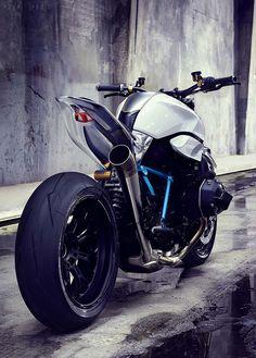 BMW Motorrad, The BMW R 1200 R Rock'n'Roll Bike 8