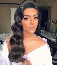 fe76c8db9360 Retro hairstyle with a beautiful color | Inspiring Ladies Curled Wedding  Hair, Wedding Curls,