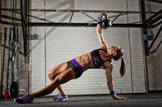 Rx  Smartgear Photo - Crossfit women - Turkish get up