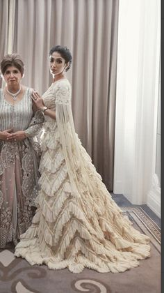 Indian Gowns Dresses, Gala Dresses, Indian Outfits, Desi Wedding Dresses, Bridal Dresses, Saree Gown, Lehenga, Manish Malhotra Bridal, Fancy Gowns