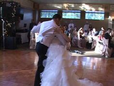 BEST WEDDING DANCE EVER!!! (Ryan and Leah Claxton) :) - YouTube