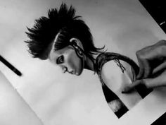 Drawing Rooney Mara: The Girl With the Dragon Tattoo - YouTube
