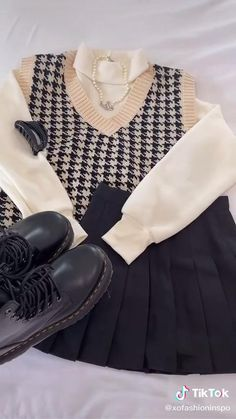 Adrette Outfits, Indie Outfits, Teen Fashion Outfits, Korean Outfits, Retro Outfits, Cute Casual Outfits, Stylish Outfits, Vintage Outfits, Fashion Pants
