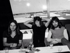 David Gilmour, Roger Waters and Rick Wright during Atom Heart Mother World Tour, 1971 Pink Floyd Members, David Gilmour Pink Floyd, Atom Heart Mother, Richard Wright, Psychedelic Music, Roger Waters, I Give Up, Everything Pink, Music Stuff