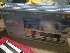 """Samsung UN40MU6290FXZA Flat 40"""" LED 4K UHD 6 Series Smart TV (2017 Model)"""