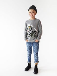 SNAKE SWEATER Outfits Niños, Baby Boy Outfits, Boy Models, Child Models, Toddler Boys, Kids Boys, Snake Sweater, Cuffed Jeans, Zara Fashion