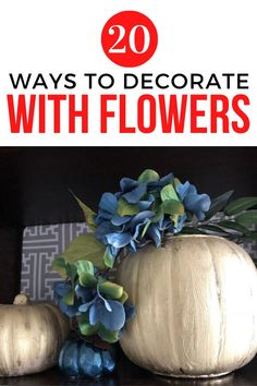Easy and cheap way to upgrade your home decor on a budget. Check out these beautiful simple flower arrangements for your entryway, front porch and living room. #hometalk Rental House Decorating, Apartment Decorating On A Budget, Decorating Your Home, Decorating Ideas, Diy Home Decor Projects, Fall Home Decor, Diy Flower Arrangements Home, Simple Flowers, Fall Diy