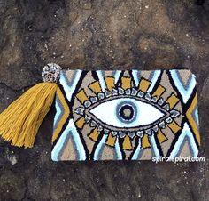 Embroidery On Clothes, Embroidery Patterns, Cross Stitch Patterns, Arte Punch, Evil Eye Art, Eye Symbol, Symbol Design, Diy Purse, Boho Bags