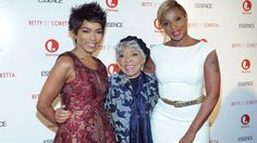Soror Angela Bassett, Soror Ruby Dee  with Mary J. Blige