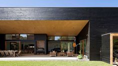 House In Somers by Adrian Bonomi Architect