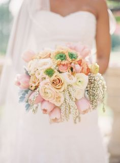 12 Stunning Wedding Bouquets - Part 15 - Belle the Magazine . The Wedding Blog For The Sophisticated Bride