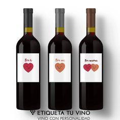 Hoy brindamos por todos con un gran VINO PERSONALIZADO de Etiquetatuvino.com ❤️ #vinoconpersonalidad #porfinviernes #findesemana #porti #pormi #pornosotros #vinopersonalizado #regalos #regalooriginal #regalo #rioja #ribera del duero #vinopersonalizado #bodegasconpersonalidad #regalosromanticos
