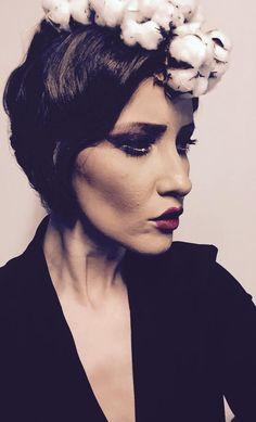 Signature Look, Tv Shows, Halloween Face Makeup, Fashion, Moda, Fashion Styles, Fashion Illustrations, Tv Series