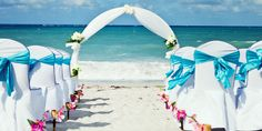 Everything You Need To Know About Throwing A Destination Wedding