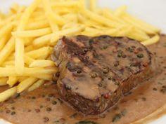 Parfait sur un bon steak. Steak Au Poivre, Comida Keto, Vegan Recipes, Snack Recipes, Cooking Sauces, Good Food, Yummy Food, Ipa, Healthy Snacks