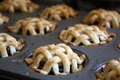 OreOMG! Oreo and Peanut Butter Mini Pies | Story by ModCloth