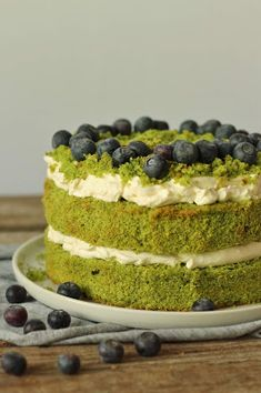 Moss Cake, Tea Time, Vanilla, Sweets, Cakes, Sweet Pastries, High Tea, Gummi Candy, Candy Notes