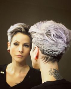 And not always looking for a new cut and color! The sheer Edgy Hair Color Cut sheer Edgy Haircuts, Short Pixie Haircuts, Hairstyles Haircuts, Curly Pixie, Long Pixie, Hairdos, Short Hair Styles Easy, Short Hair Cuts, Pixie Cuts