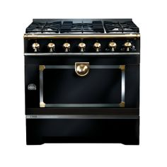 Shop Williams Sonoma for La Cornue ranges in a variety of styles and finishes. La Cornue stoves offer unrivaled craftsmanship and innovation. Kitchen Pulls, Kitchen Stove, Buy Kitchen, Kitchen Decor, Kitchen Design, Kitchen Appliances, Kitchen Ideas, Kitchen Supplies, Kitchen Island