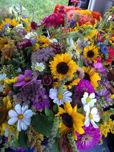 mixed #bouquets #summer #flowers #fieldtovase #slowflowers