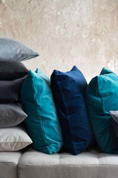 Linen cushion cover: