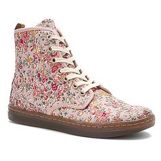 Dr Martens Shoreditch 7 Eye Boot found at #OnlineShoes