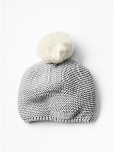 GAP Festive pom-pom beanie 0-6 mos. for Quinn http://www.gap.com/browse/product.do?cid=1003474&vid=1&pid=137676022