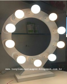 mdf de 15 mm Pintura automotiva 60 cm. Com espelho. Bulb Mirror, Mirror With Lights, Diy Ring Light, Ring Game, Instagram Blog, Photography Lessons, Photography Equipment, Photography Business, Ideas Para