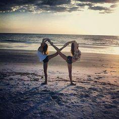 Partner yoga ❤️