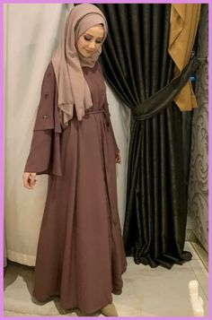 Abaya Style 24347654222642352 - Source by Hijab Outfit, Hijab Gown, Dress Outfits, Abaya Fashion, Modest Fashion, Fashion Clothes, Girl Fashion, Fashion Dresses, Abaya Designs Latest