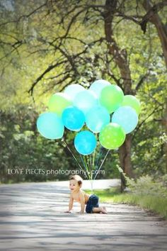 Birthday boy photography, one year old photography idea, one year old with balloons by Maiden11976