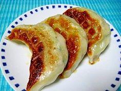 「栃木県民が伝授!餃子」餃子が大好きな栃木県民!お店で食べるのはもちろんのこと、自宅で沢山作って食べるのも大好きです♪【楽天レシピ】