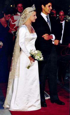 Wedding ofDoña María Eugenia Martínez de Irujo y Fitz-James Stuart, 12th Duchess of Montoro, Grandee of Spain andFrancisco Rivera Ordóñez on 23 Oct 1998.María is the daughter of the Duchess of Alba.