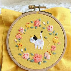 Brazilian Embroidery Digital Embroidery Near Me Embroidery Thread For Machine! Brazilian Embroidery Stitches, Learn Embroidery, Hand Embroidery Patterns, Embroidery Thread, Cross Stitch Embroidery, Embroidery Designs, Embroidery Supplies, Embroidery Bracelets, Machine Embroidery
