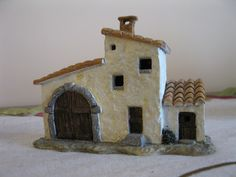 Casa campidanese - Alessandra Aresu Cagliari - Happy Christmas - Noel 2020 ideas-Happy New Year-Christmas Clay Houses, Ceramic Houses, Miniature Houses, Ceramic Clay, Bird Houses, Clay Projects, Clay Crafts, Home Crafts, Diy Clay