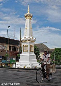 Ditugu #jogja #yogyakarta Yogyakarta, Archipelago, Capital City, Jakarta, Homeland, Java, Cover Design, Statue Of Liberty, Sunrise