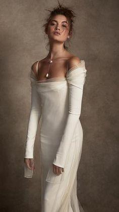 Dream Wedding Dresses, Bridal Dresses, Wedding Gowns, Bridesmaid Dresses, Prom Dresses, Formal Dresses, Look Fashion, Runway Fashion, Fashion Outfits