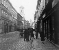 Budapest Old Pictures, Old Photos, Budapest Hungary, Historical Photos, Utca, Street View, Photography, Travel, War
