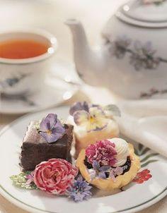 Tea:  Crystallized flowers add sweet appeal to #tea-time treats (tutorial).