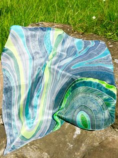 M.K silk, krepdešín 55 x 55 cm, May 2016