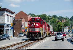 RailPictures.Net Photo: RJC 7116 R.J. Corman Railroads EMD SD40-2 at Frankfort, Kentucky by Steve Barry / www.railroadphotographer.com