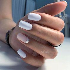 How to easily remove a glitter nail polish - My Nails Classy Nails, Stylish Nails, Trendy Nails, Cute Nails, Cute Simple Nails, Pink Nails, Gel Nails, Manicure, White Shellac Nails