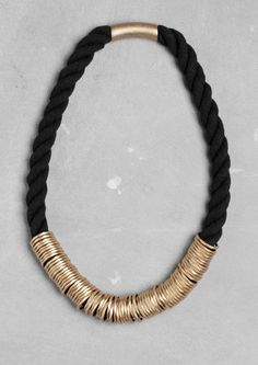 Octagonal ring necklace | Gold | & Other Stories