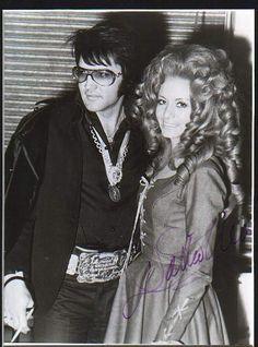Elvis Presley & Dottie West - Las Vegas, Nevada