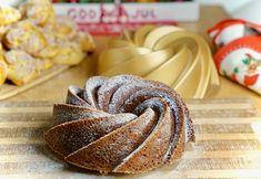 Mjuk pepparkaka med lingon (ultimata receptet) | Juligen Christmas Baking, Sweets, Mat, Food, Christmas Ideas, Gummi Candy, Candy, Essen, Goodies