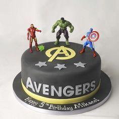 AVENGERS CAKE SP4624