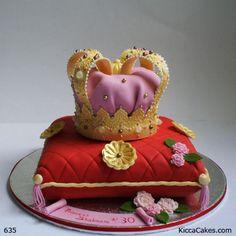 635 Crown Novelty Cake