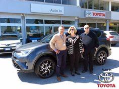 Il Dott. Andreini e la moglie ritirano il nuovo #Toyota #Rav4 #Style 2.0D con sistema di sicurezza #ToyotaSafetySensePlus. Complimenti per la scelta e grazie!!