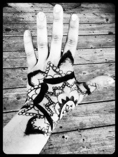 Henna Tattoo Hand Black and White